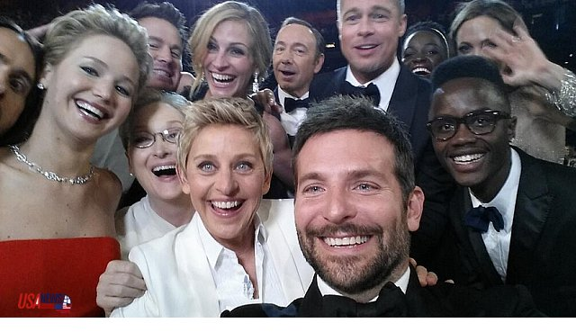a selfie ellen took at the oscars with a gaggle of famous actors