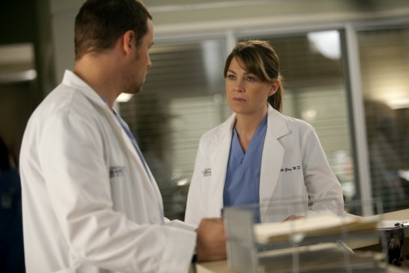 Alex and Meredith face off after he rats her out for interfering with the clinical trial.