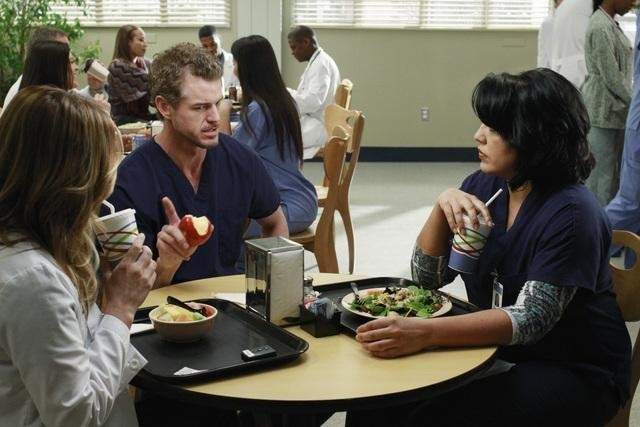 Arizona, Mark, and Callie talking over lunch.